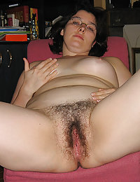 saw moms hairy pussy in pantyhose tumblr