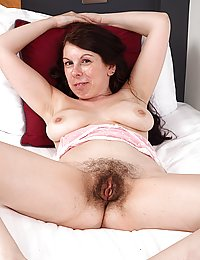 Emily Winters pinterest lesbians shaved hairy pussy